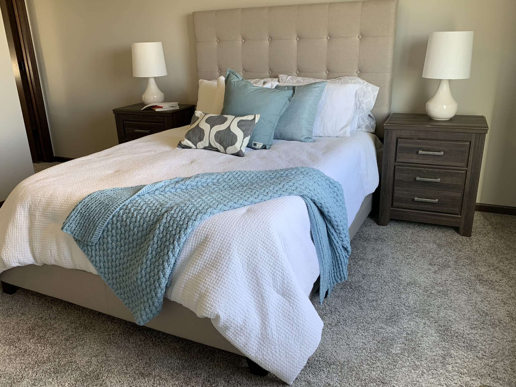 Bedroom with soft carpeting